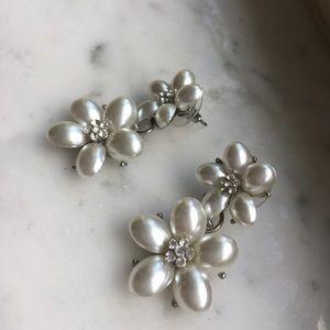Jewelry - Flower Post Earrings
